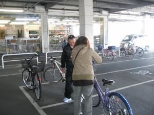 自転車安全チラシ配布中 2